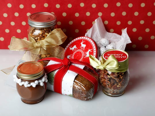 Homemade edible holiday desert gifts for christmas 5 ideas for Edible christmas gifts to make in advance