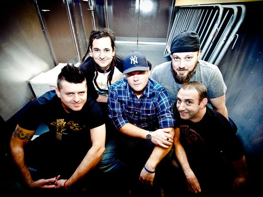 636221078786776427-ENT-less-than-jake-color--.jpg