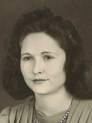 Mamie Katherine Kirkham, 91, passed away peacefully in Fort Collins on May 4, 2014.  She was born in Portland, Tennessee, March 12, 1923.  She grew up on a farm in Portland, attended Portland High School, and in 1942, married Clarence Howard Kirkham.