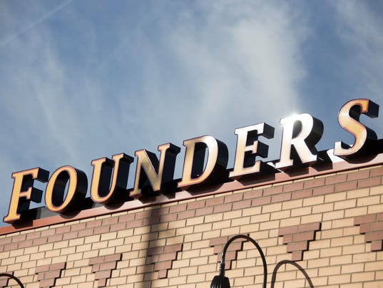 636479706429905589-Founders-120117-03-MW.jpg