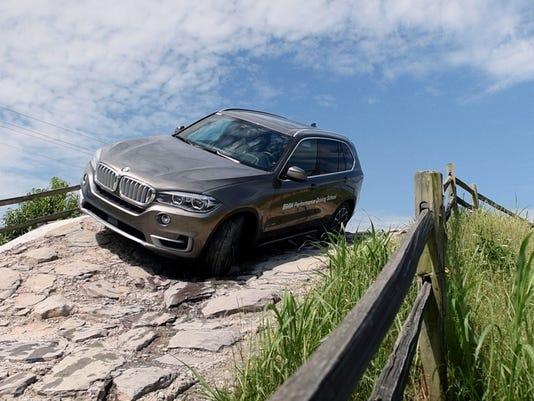 BMW Performance Center >> Bmw Performance Center Offers Sensation For Car High Speed