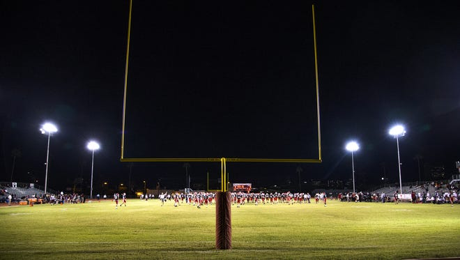 Red Mountain High School plays Brophy College Prep in a playoff game at Central High School, Thursday, November 10, 2016.  Red Mountain won the contest, 34-33.  #HSfb