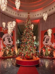 Museum of Science and Industry - Grand Tree at Christmas Around the World Exhibit