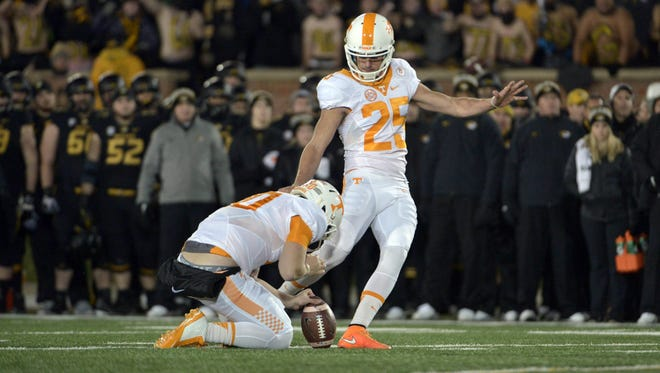 Tennessee's Aaron Medley (25) had three field goals in the first half against Missouri on Nov. 21, 2015.