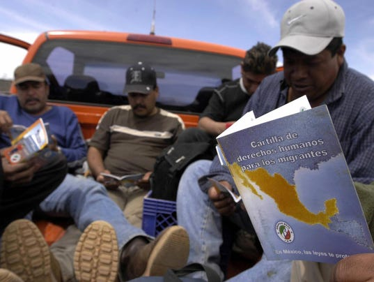 Migrants seeking to cross the US-Mexico