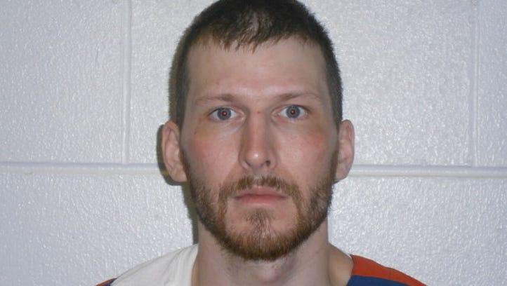 2 prison nurses suspended over Michigan prisoner's sudden death
