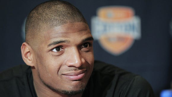 Missouri senior defensive lineman Michael Sam, who admitted Sunday that he's gay, talked during a Jan. 1 press conference.