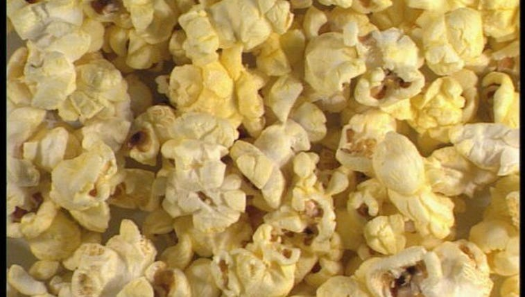 Popcorn box with top open