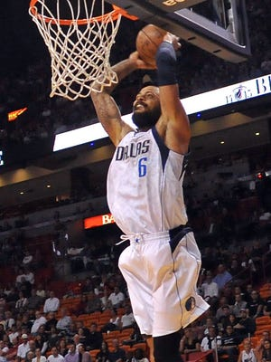 Tyson Chandler and the Mavs outscored the Heat 60-27 in the second half.