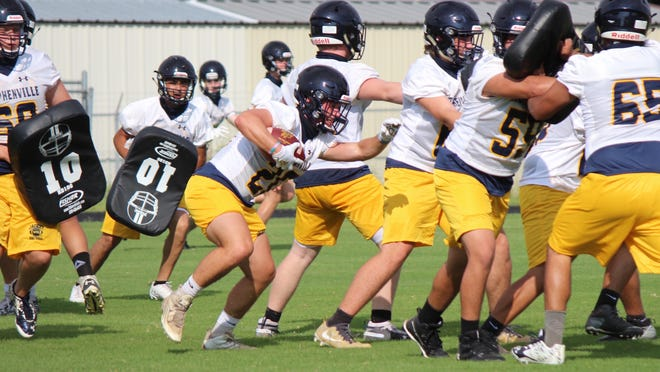 The Stephenville Yellow Jackets continue their preseason football workouts this week, and will stage their annual inter-squad Blue/Gold Scrimmage Saturday, Aug. 15, at 10 a.m. {MARK WILSON/E-T]