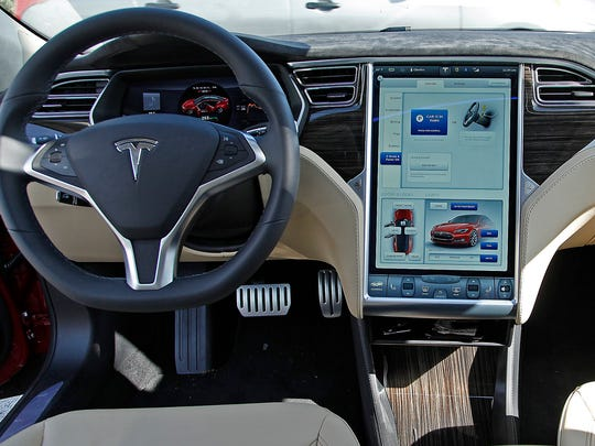 The Tesla Model S P85D dashboard.