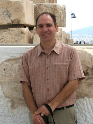 """Willamette professor Scott Pike takes you back in time to explore the """"Geology of Oregon."""""""