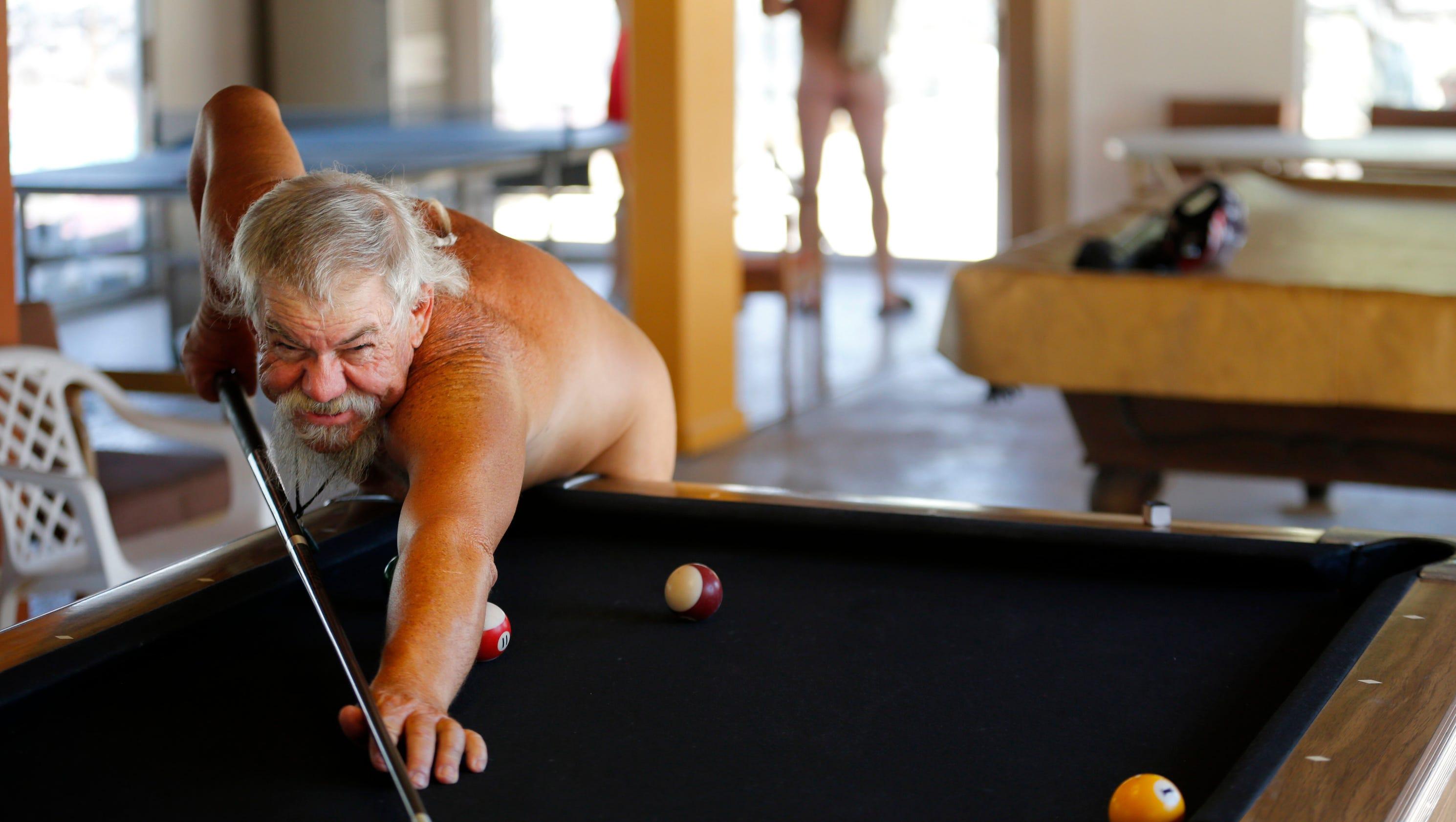 Nude Record 60