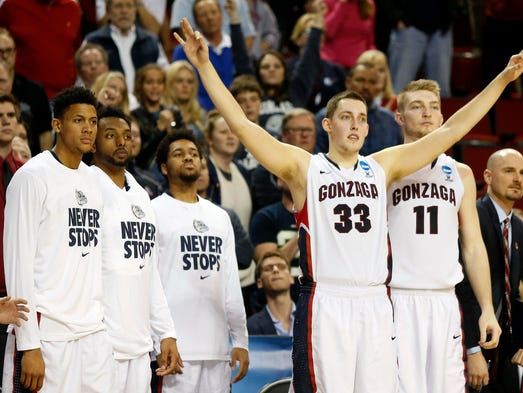 Gonzaga Bulldogs forward Kyle Wiltjer (33) reacts during