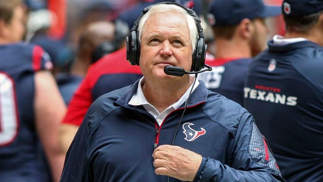 Wade Phillips spent the last three seasons on the Texans' coaching staff.