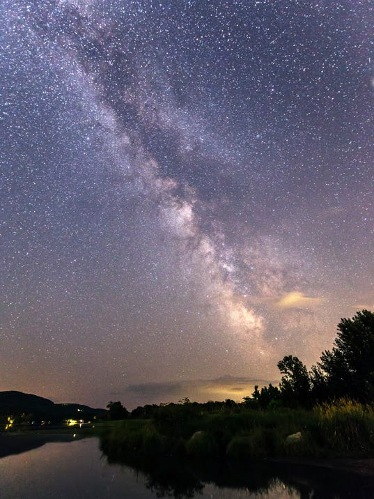 LynnClauer_Milky Way from LakeIroquois.jpg