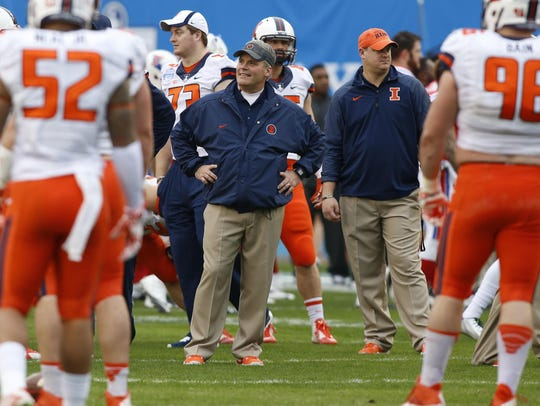 Tim Beckman owns a 12-25 record as Illinois' coach,