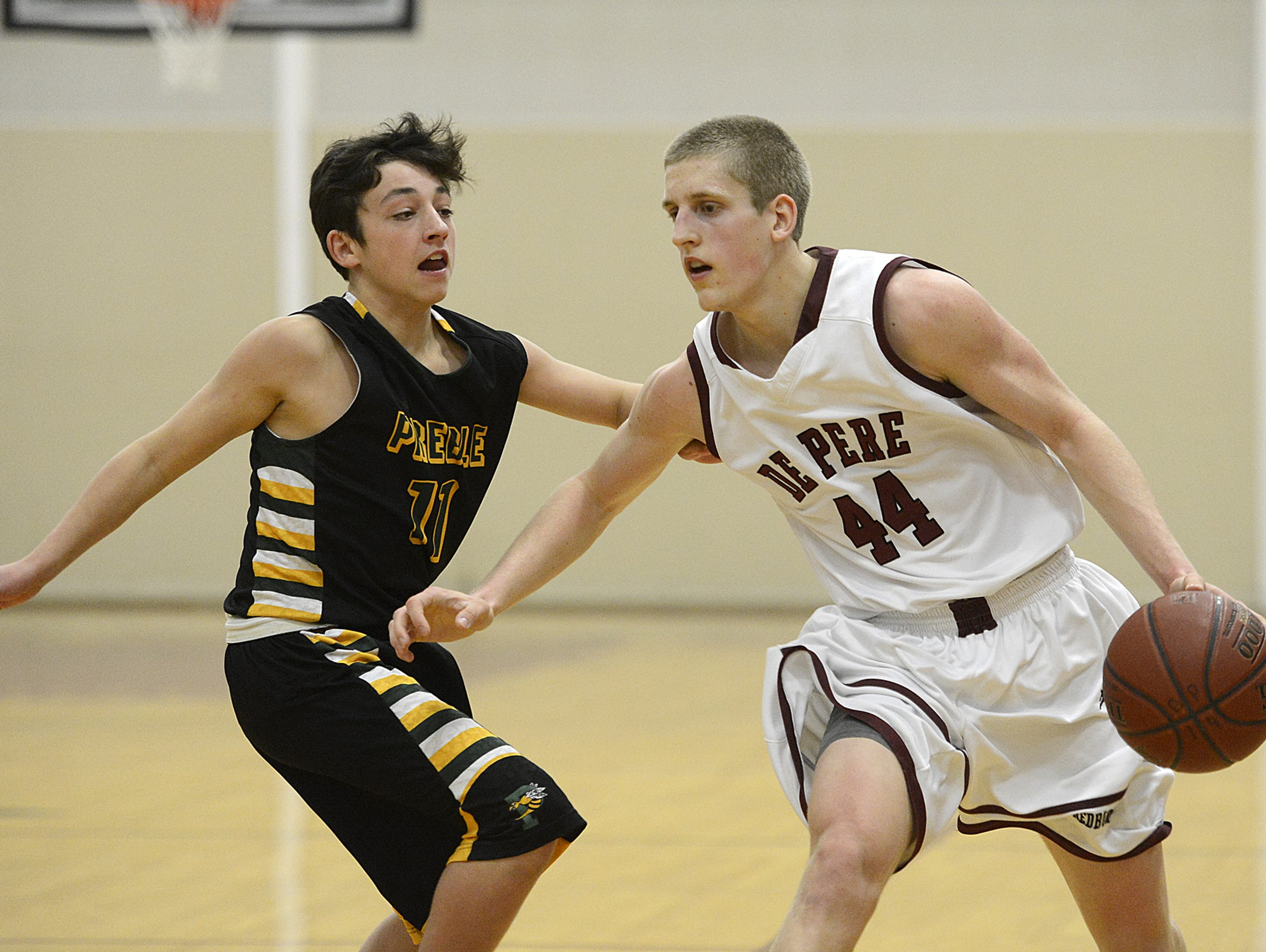 De Pere's Brevin Pritzl came up just short of breaking