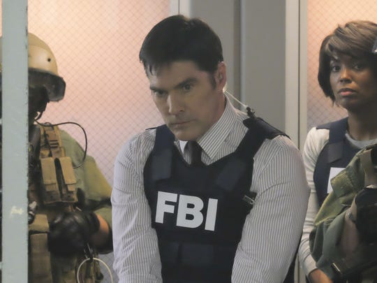 Thomas Gibson is swept up in a conspiracy on the season finale of 'Criminal Minds.'