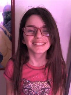 Chloe, 13