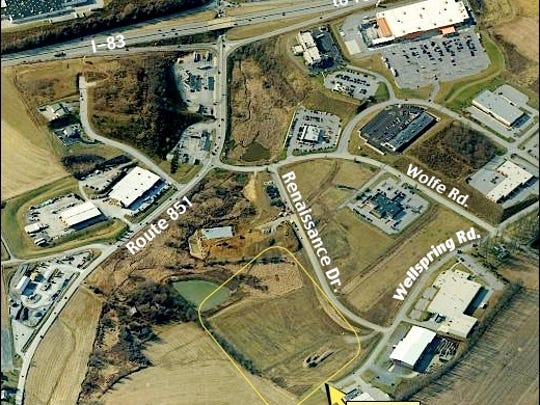 Westward Looking Birds Eye View of the Stonebridge Business Center within Hopewell Township, York County, PA (2015 Bing.com Birds Eye View; Annotated by S. H. Smith, 2015)