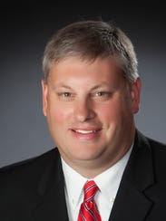 Lee Mills, chairman of the Shelby County Republican