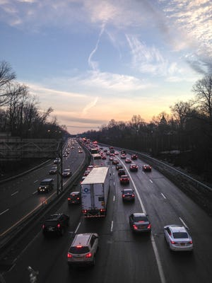 Heavy delays exist on I-95 due to disabled vehicles and pothole repairs.