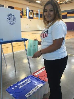 Nancy Herrera ejerció su voto en este país por primera voz.