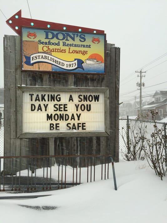 Don's Seafood snow.jpeg