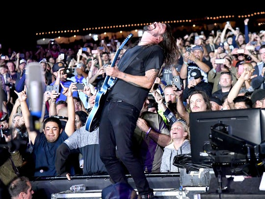 Dave Grohl of the Foo Fighters performs at Cal Jam