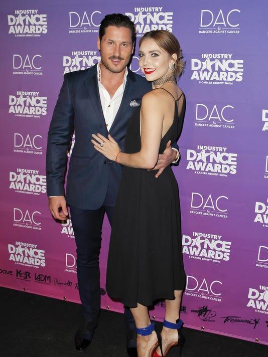 Jenna johnson and val chmerkovskiy dating