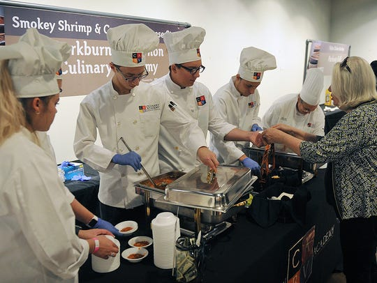 Students with the Burkburnett/Vernon Culinary Academy