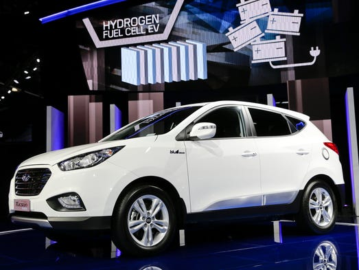 Auto Industry Unleashes High Tech Innovation