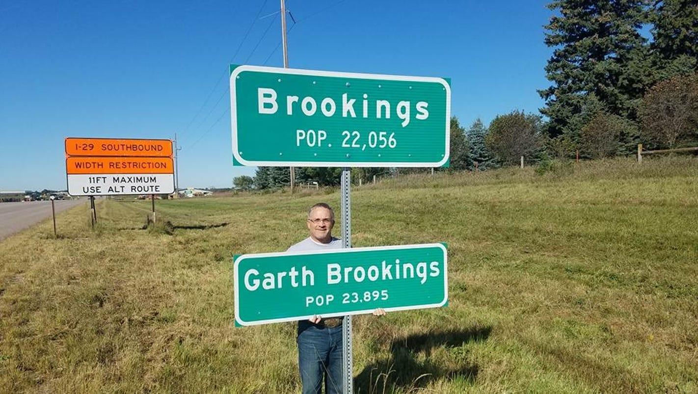 Garth Brookings? Brookings radio station K-Country 102.3 ...