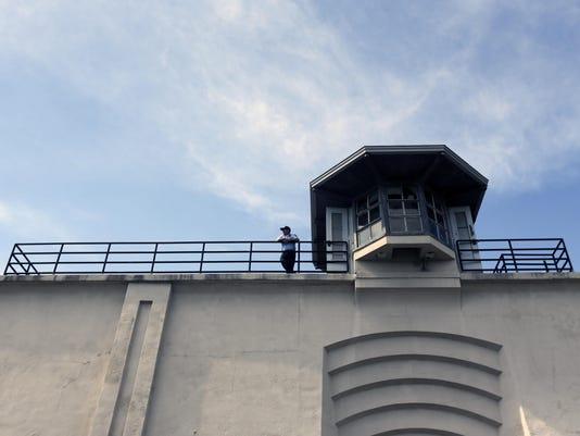 Escaped Prisoners (2)