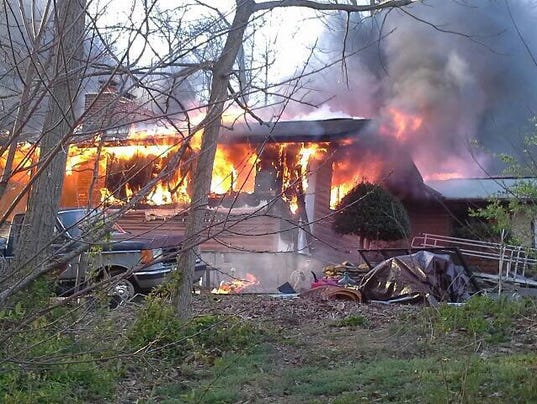 HES-submitted-040416-Woodbine Maryland fire 1.jpg