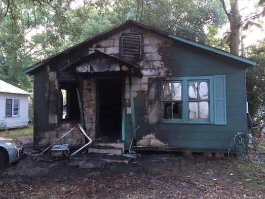 636280164880111256-house-fire.jpg