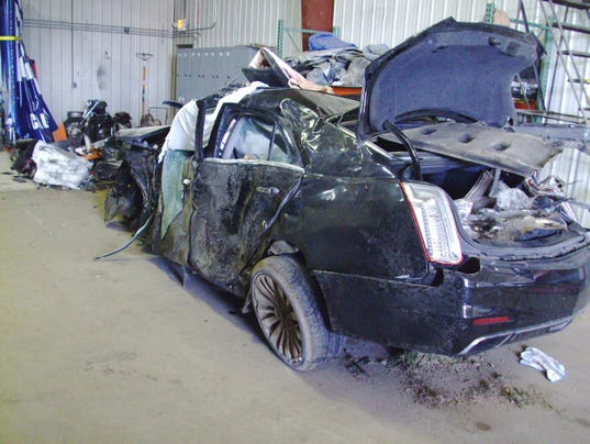 636300302299866616-Fiery-crash-car-01.jpg