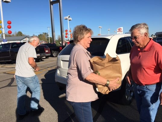 Graham Automall Mansfield >> Make A Difference Day food drive donations down, organizer says