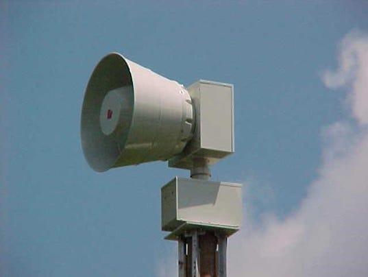 636465197444445185-siren.jpg
