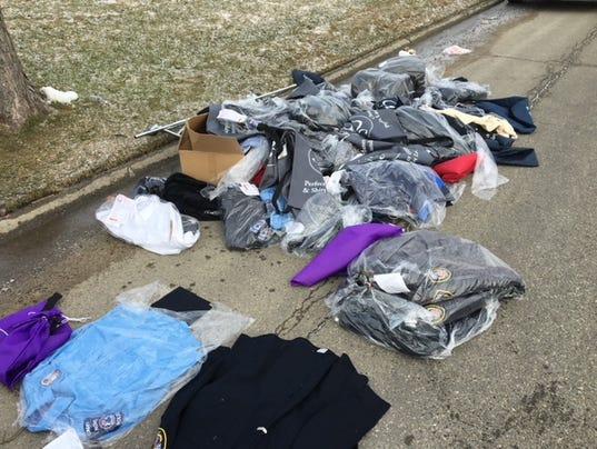 636561969508449507-Clothings-Bags.JPG