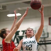 Wauwatosa West girls rout Milwaukee North to win playoff opener