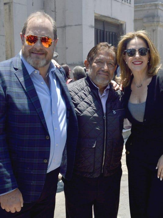 636559485029953304-Mario-Moreno-Ivanova-Juan-Osorio-y-Tita-Marbez-lavoz.JPG