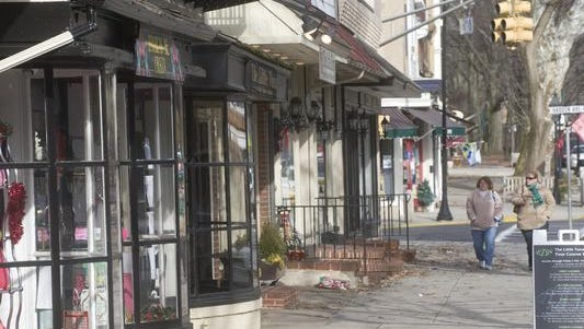 Haddonfield shops will extend their hours until 7 p.m. on Thursdays.