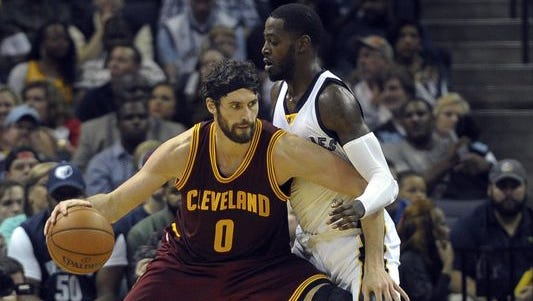 Here guarding Kevin Love, JaMychal Green scored four points for the Memphis Grizzlies in Wednesday night's 30-point loss to the Cleveland Cavaliers at FedEx Forum.