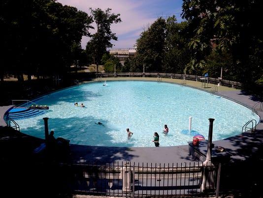 636364866107607043-Moores-Park-Pool-1.jpg
