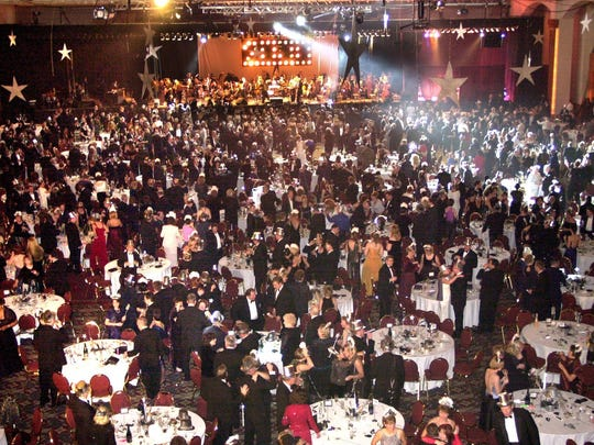 The ball drops, so to speak, at the Midwest Express Center's Crystal Ball at midnight on New Year's Eve Dec. 31, 1999.