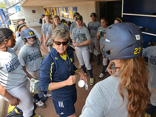 """Carol Hutchins tells her players: """"Team chemistry isn't just liking each other and taking selfies. Team chemistry helps you win games."""""""