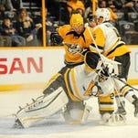Predators pounce on Penguins, snap losing streak