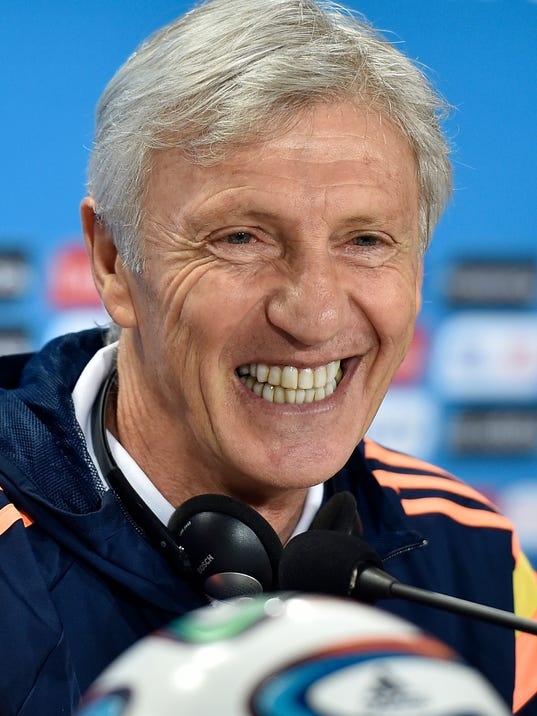 Colombia's head coach Jose Pekerman smiles to the media during a press conference on the day before the group C World Cup soccer match between Colombia and Greece at the Mineirao Stadium in Belo Horizonte, Brazil, Friday, June 13, 2014.  (AP Photo/Martin Meissner)